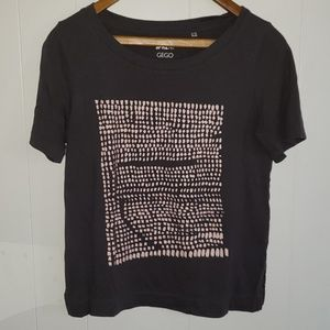 Dark gray with abstract print t-shirt